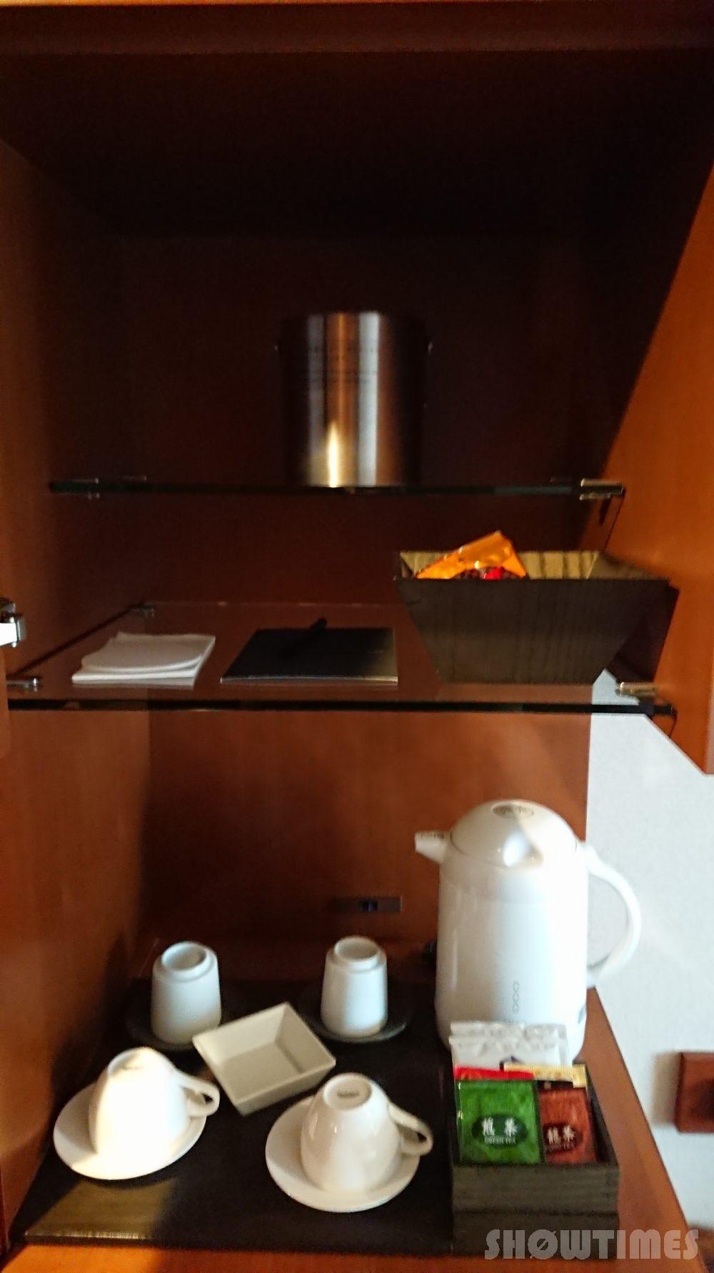 ハイアットリージェンシー東京のビューデラックスルームの食器2