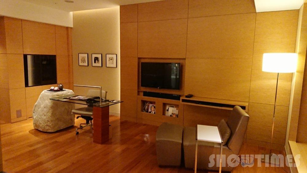 インターコンチネンタルホテル大阪デラックスダブルのリビングルーム2