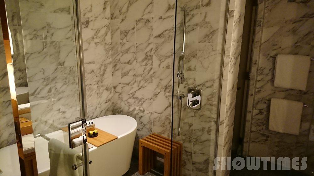 インターコンチネンタルホテル大阪デラックスダブルのバスルーム4