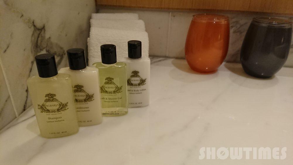 インターコンチネンタルホテル大阪デラックスダブルのシンクアメニティ1