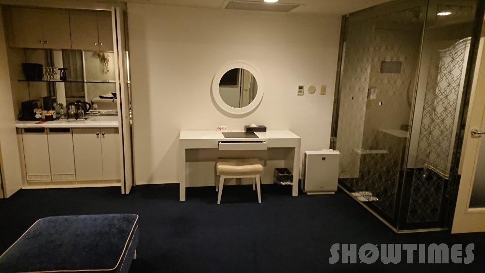 プレミアホテル中島公園デラックスラージダブルのリビングルーム3