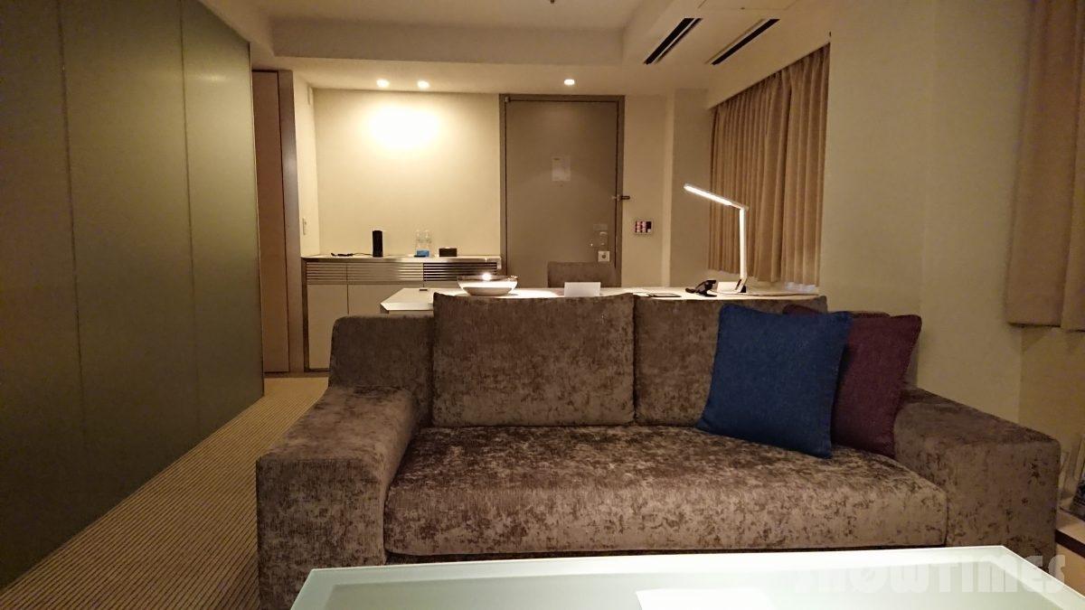 センチュリーロイヤルホテルエクスクルーシヴフロアのリビングルーム4