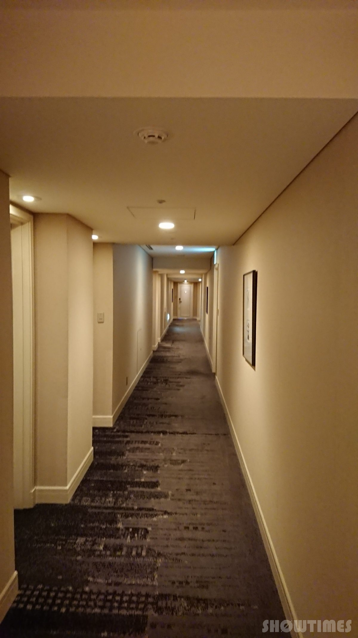 ホテルインターコンチネンタル東京ベイレギュラーフロアの廊下