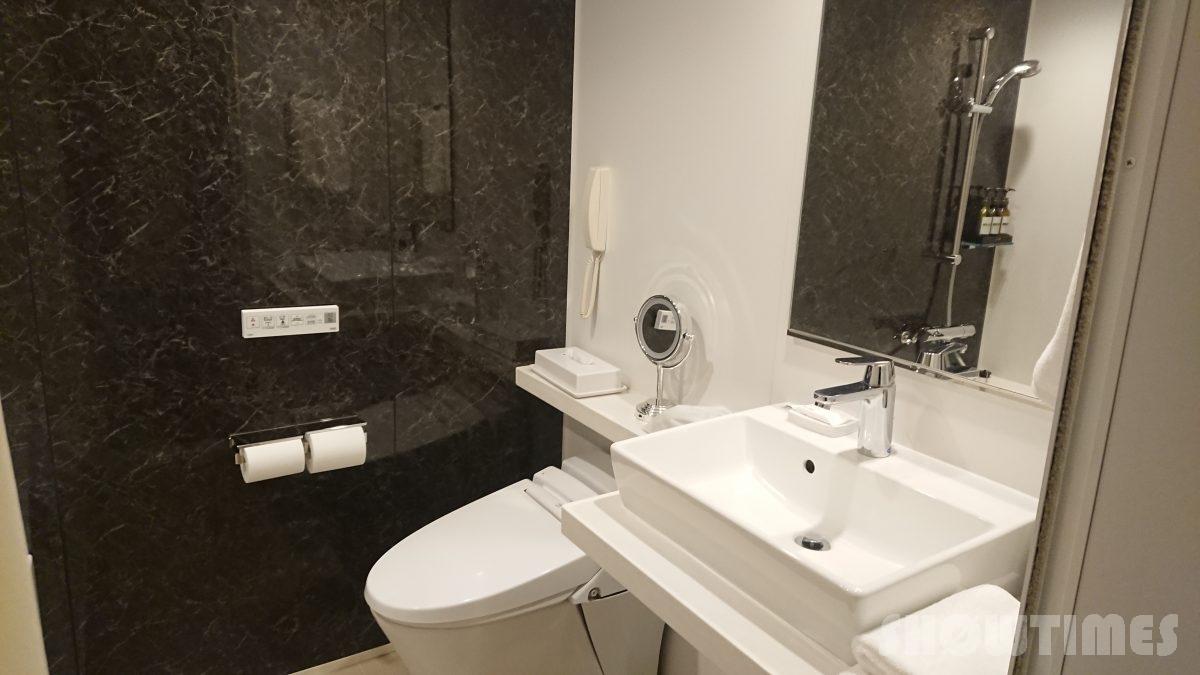 ANAクラウンプラザホテル札幌デラックスダブルのバスルーム